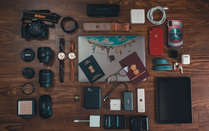 Top 5 Essentials When Travelling